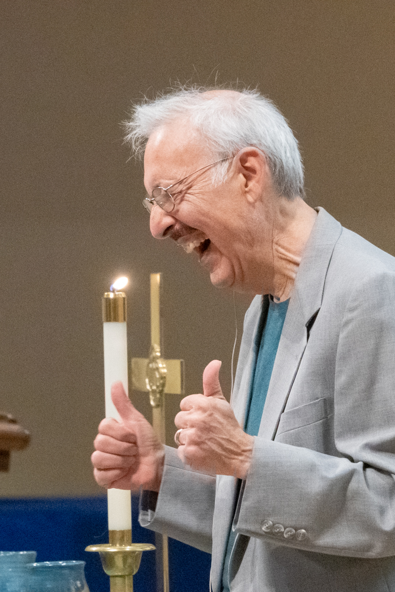 September 15, 2019:  Internationally known author and humorist Steve Bhaerman provided a message filled with humor for the Worship service.