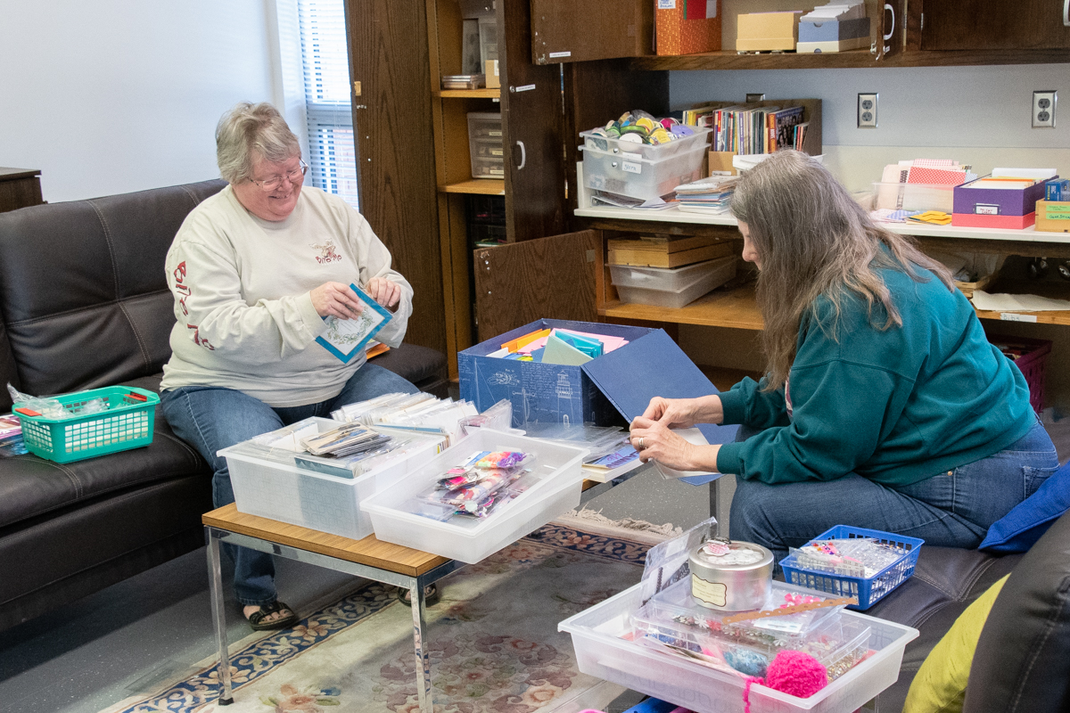 May 4, 2019:  Lila Marsh and Dee Moriarty express their creativity by participating in the Deacons' Card Ministry.