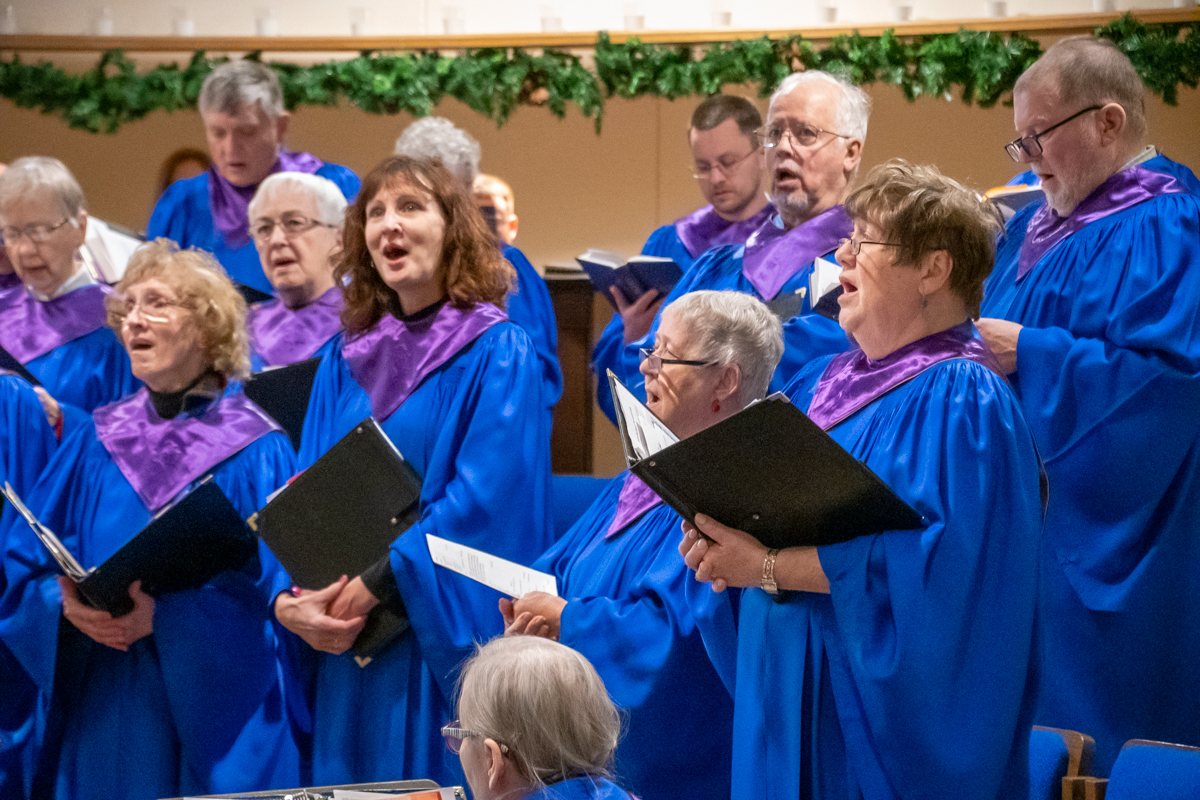 December 9, 2018:  The Chancel Choir leads the congregation in singing during Sunday morning Worship service.
